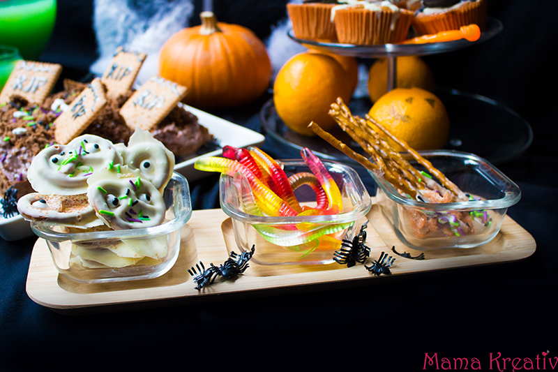 halloween party rezepte mit leonardo 47 mama kreativ. Black Bedroom Furniture Sets. Home Design Ideas